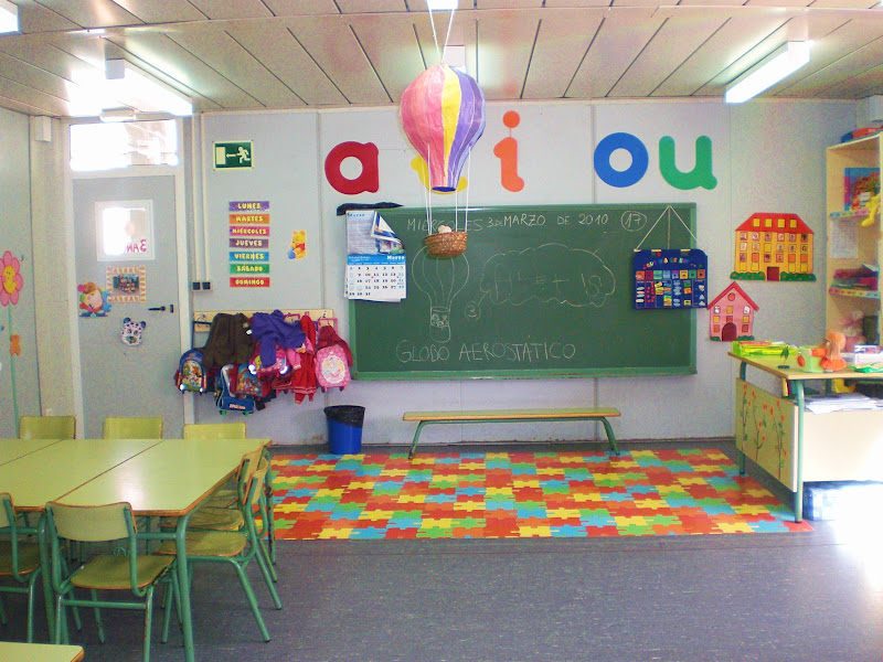 Stepv denuncia la catalogaci de places d 39 infantil en - Decorar un rincon del salon ...