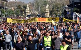 Intersindical, amb el sector del taxi
